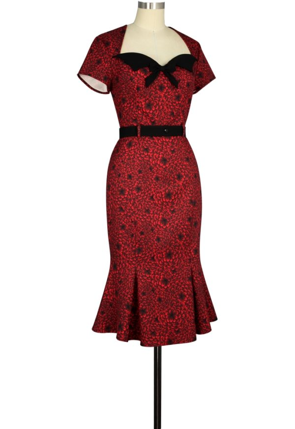 robe rockabily pin-up moulante floral rouge